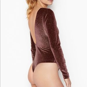 Glitter Velour Bodysuit Victoria Secret 🆕✨